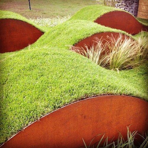 ukształtowanie terenu ze stali corten