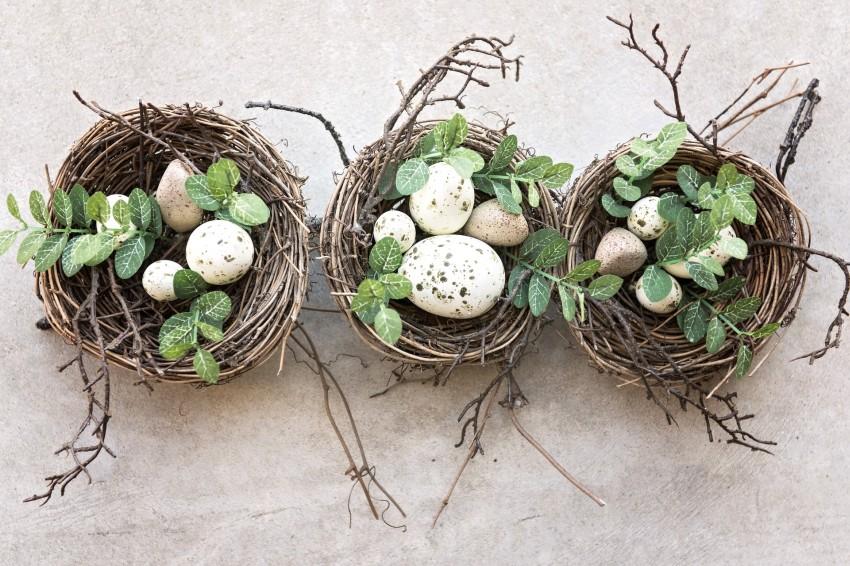 dekoracja stylizowana na ptasie gniazda