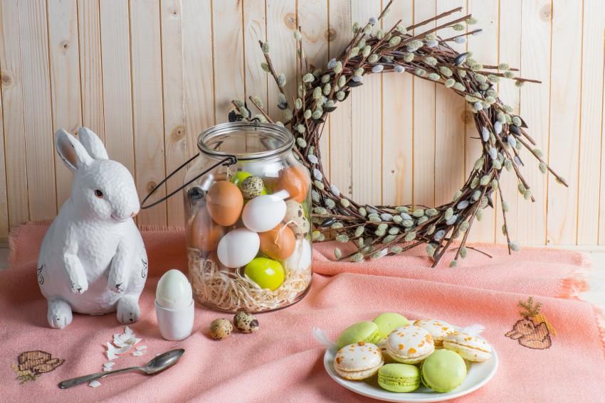 dekoracja wielkanocna z króliczkiem